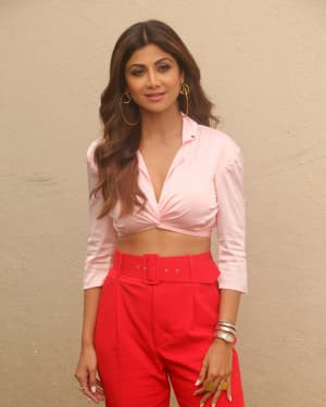 Photos: Shilpa Shetty Spotted during a brand shoot at Mehboob studio