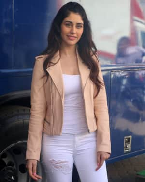 Photos: Warina Hussain during media interaction for film Loveratri