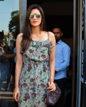 Photos: Kriti Sanon spotted at Bastian