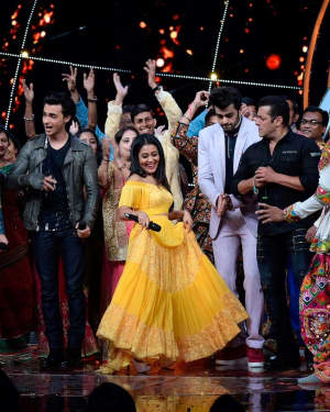Loveratri - Photos: Loveratri Team on the Indian Idol set at Yashraj Studios