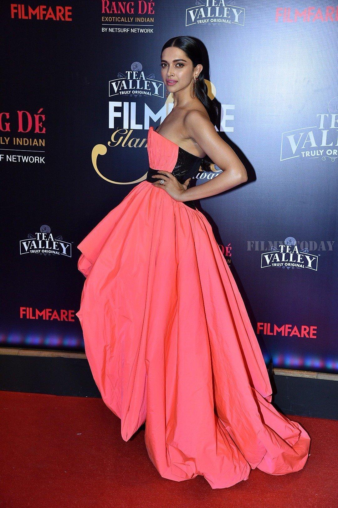 Picture 1626843   Deepika Padukone - Photos: Red Carpet Of ...