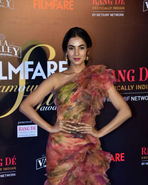 Sonal Chauhan - Photos: Red Carpet Of Filmfare Glamour and Style Awards 2019