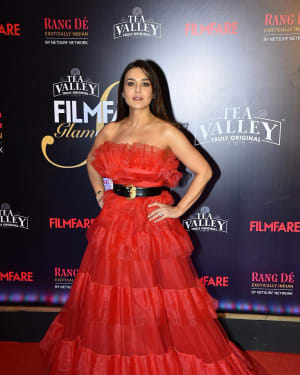 Preity Zinta - Photos: Red Carpet Of Filmfare Glamour and Style Awards 2019