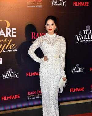 Sunny Leone - Photos: Red Carpet Of Filmfare Glamour and Style Awards 2019