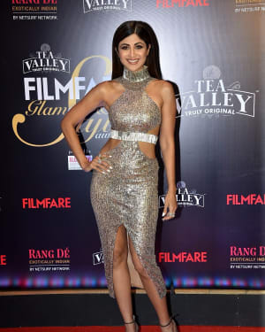 Shilpa Shetty - Photos: Red Carpet Of Filmfare Glamour and Style Awards 2019