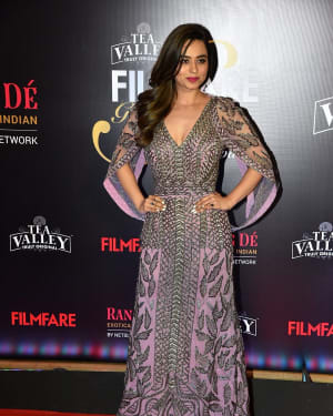 Soundarya Sharma - Photos: Red Carpet Of Filmfare Glamour and Style Awards 2019
