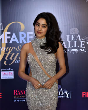 Jahnavi Kapoor - Photos: Red Carpet Of Filmfare Glamour and Style Awards 2019