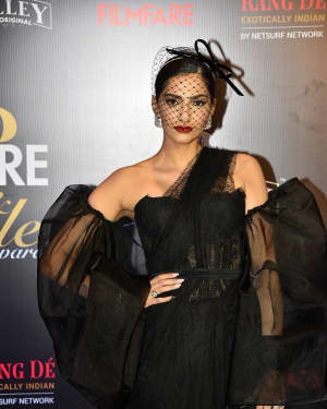 Sonam Kapoor Ahuja - Photos: Red Carpet Of Filmfare Glamour and Style Awards 2019 | Picture 1626849