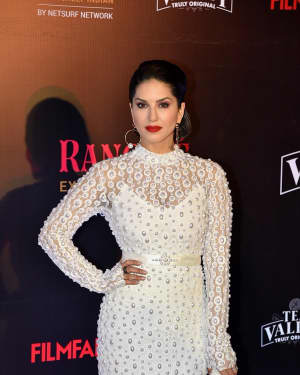 Sunny Leone - Photos: Red Carpet Of Filmfare Glamour and Style Awards 2019 | Picture 1626863