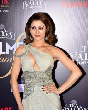 Urvashi Rautela - Photos: Red Carpet Of Filmfare Glamour and Style Awards 2019