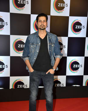 Randeep Hooda - Photos: Red Carpet Of 1 Year Anniversary Of Zee5 App