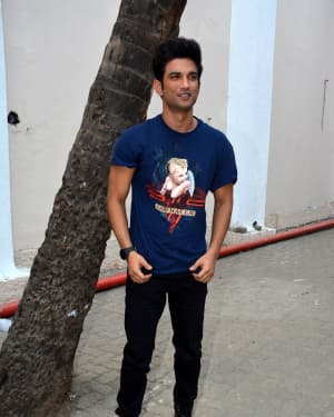 Sushant Singh Rajput - Photos: Sonchiraiya Cast at Mehboob Studio For Promotions | 1630134