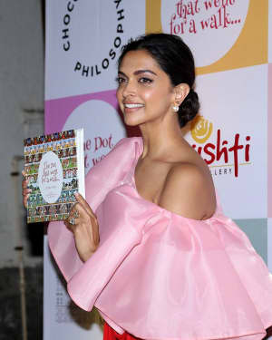 Photos: Deepika Padukone at the Cover Launch of the Book 'The Dot That Went For A Walk'