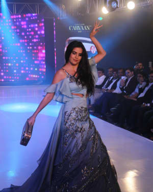 Photos: Celebs Walk The Ramp During The Exhibit Tech Fashion Tour | 1607633