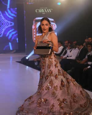 Elli Avram - Photos: Celebs Walk The Ramp During The Exhibit Tech Fashion Tour | 1607635