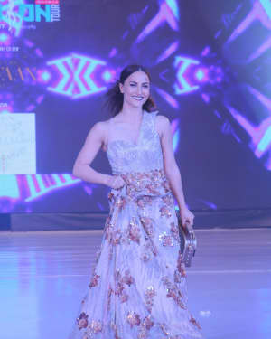 Elli Avram - Photos: Celebs Walk The Ramp During The Exhibit Tech Fashion Tour | 1607634