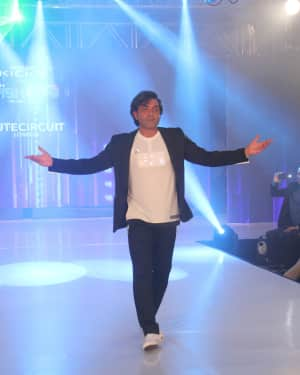 Bobby Deol - Photos: Celebs Walk The Ramp During The Exhibit Tech Fashion Tour | 1607646