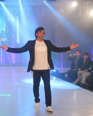 Bobby Deol - Photos: Celebs Walk The Ramp During The Exhibit Tech Fashion Tour | 1607645