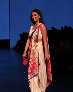 Roshni Chopra - LFW 2019 Day 1 : Gauri & Nainika Show