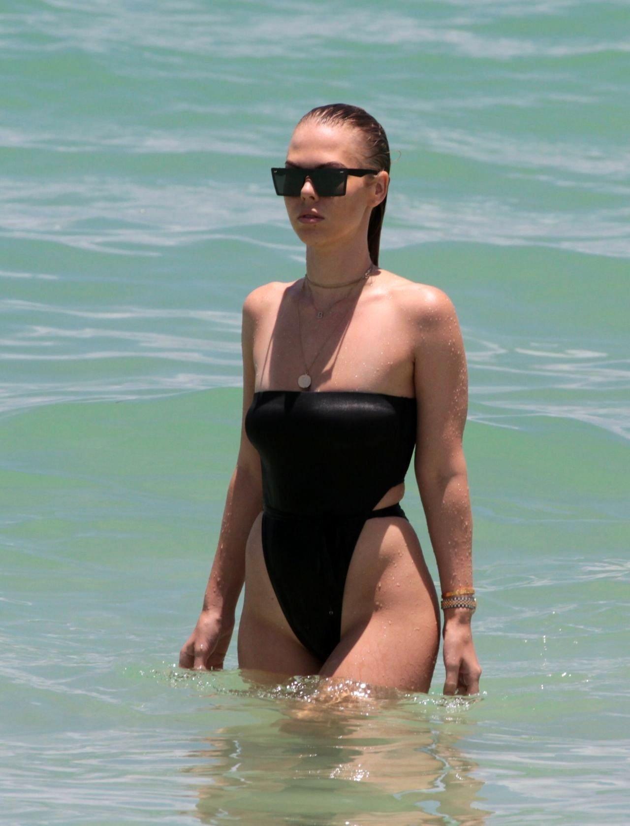 Celebrity Bianca Elouise nudes (44 photos), Ass, Is a cute, Boobs, see through 2019