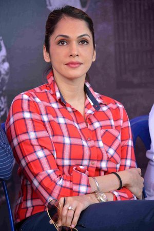 Isha Koppikar @ Kavacha Film Pooja and Press Meet Photos