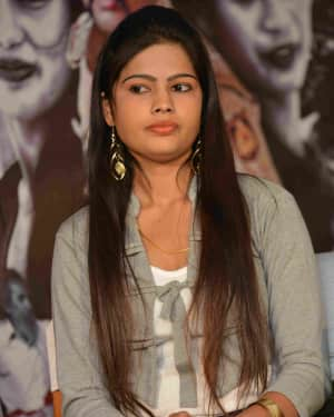 Anjeshri - Chinnada Gombe Film Press Meet Photos