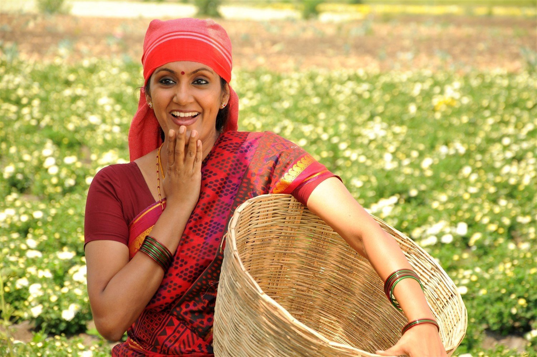 Devadarshini: Thiruppathisamy Kudumbam Movie Stills