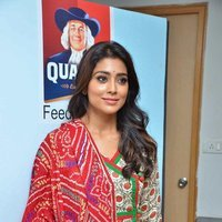 Shriya Saran - Quaker and Smile Foundation's 'Feed A Child' Event Stills | Picture 1493844
