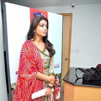 Shriya Saran - Quaker and Smile Foundation's 'Feed A Child' Event Stills | Picture 1493841