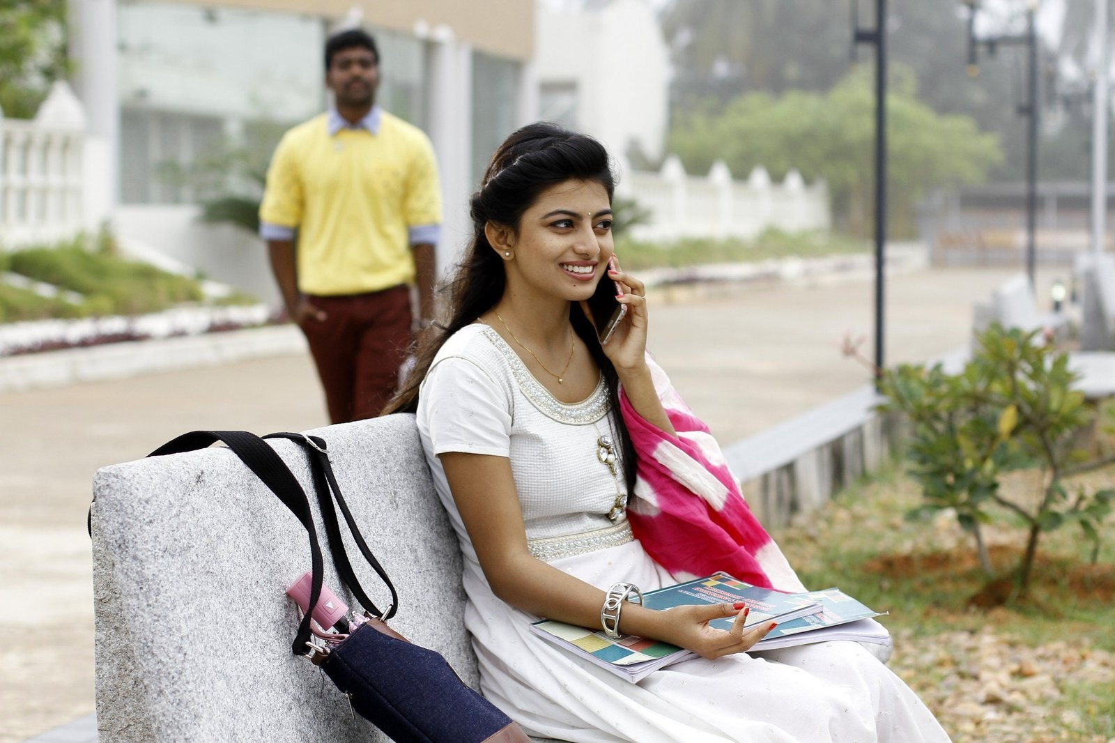 Anandhi @ En Aaloda Seruppa Kaanom Movie Stills