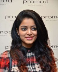 Janani Iyer - The launch of Autumn Winter Collection 2017 Photos | 1524898