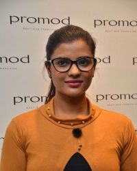 Aishwarya Rajesh - The launch of Autumn Winter Collection 2017 Photos | 1524886
