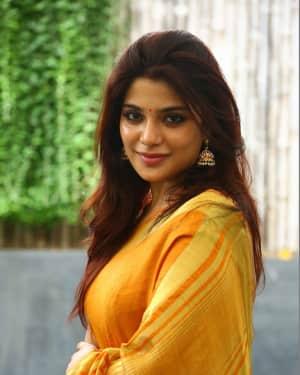 Actress Aathmika in Saree Latest Photos