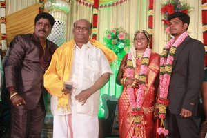 Gana Ulaganathan Daughter's Reception Photos