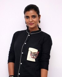 Aishwarya Rajesh at Gemini Ganeshanum Suruli Raajanum Team Interview | Picture 1516727