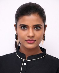 Aishwarya Rajesh at Gemini Ganeshanum Suruli Raajanum Team Interview | Picture 1516716