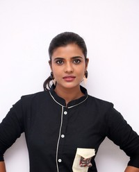 Aishwarya Rajesh at Gemini Ganeshanum Suruli Raajanum Team Interview | Picture 1516708