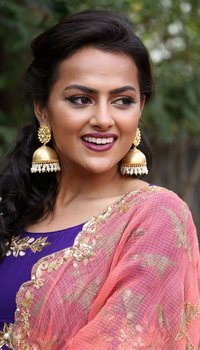 Actress Shraddha Srinath at Ivan Thanthiran Audio Launch