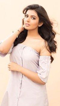 Actress Sivani Rajasekhar Photos | Picture 1506542