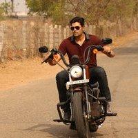 Ganesh Venkatraman - Inaiyathalam Movie Stills