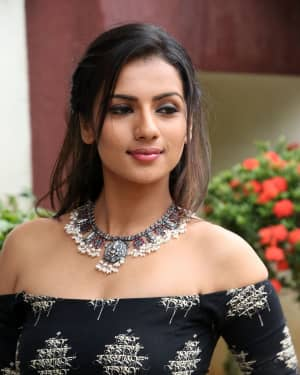 Sruthi Hariharan - Solo Malayalam Movie Chennai Press Meet Photos | Picture 1532390