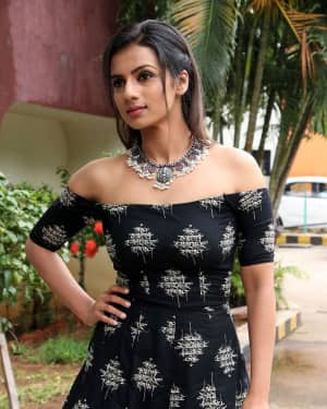 Sruthi Hariharan - Solo Malayalam Movie Chennai Press Meet Photos | Picture 1532383
