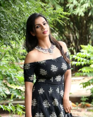 Sruthi Hariharan - Solo Malayalam Movie Chennai Press Meet Photos | Picture 1532412