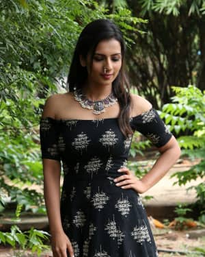 Sruthi Hariharan - Solo Malayalam Movie Chennai Press Meet Photos | Picture 1532411