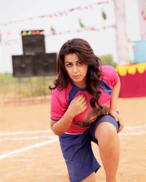 Nikki Galrani - Pakka Movie Stills