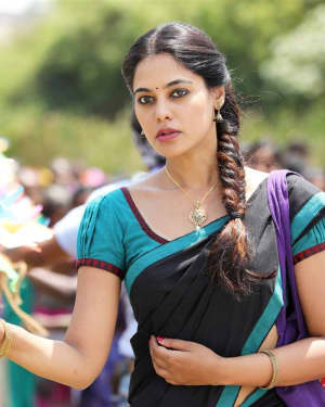 Bindu Madhavi - Pakka Movie Stills