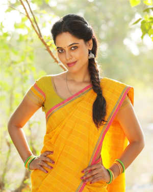 Bindu Madhavi - Pakka Movie Stills | Picture 1533862