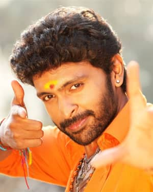 Vikram Prabhu - Pakka Movie Stills | Picture 1533878