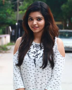 Actress Athulya Ravi at Sathya Fashion Home Launch Photos | Picture 1535504