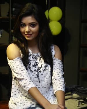 Actress Athulya Ravi at Sathya Fashion Home Launch Photos | Picture 1535496